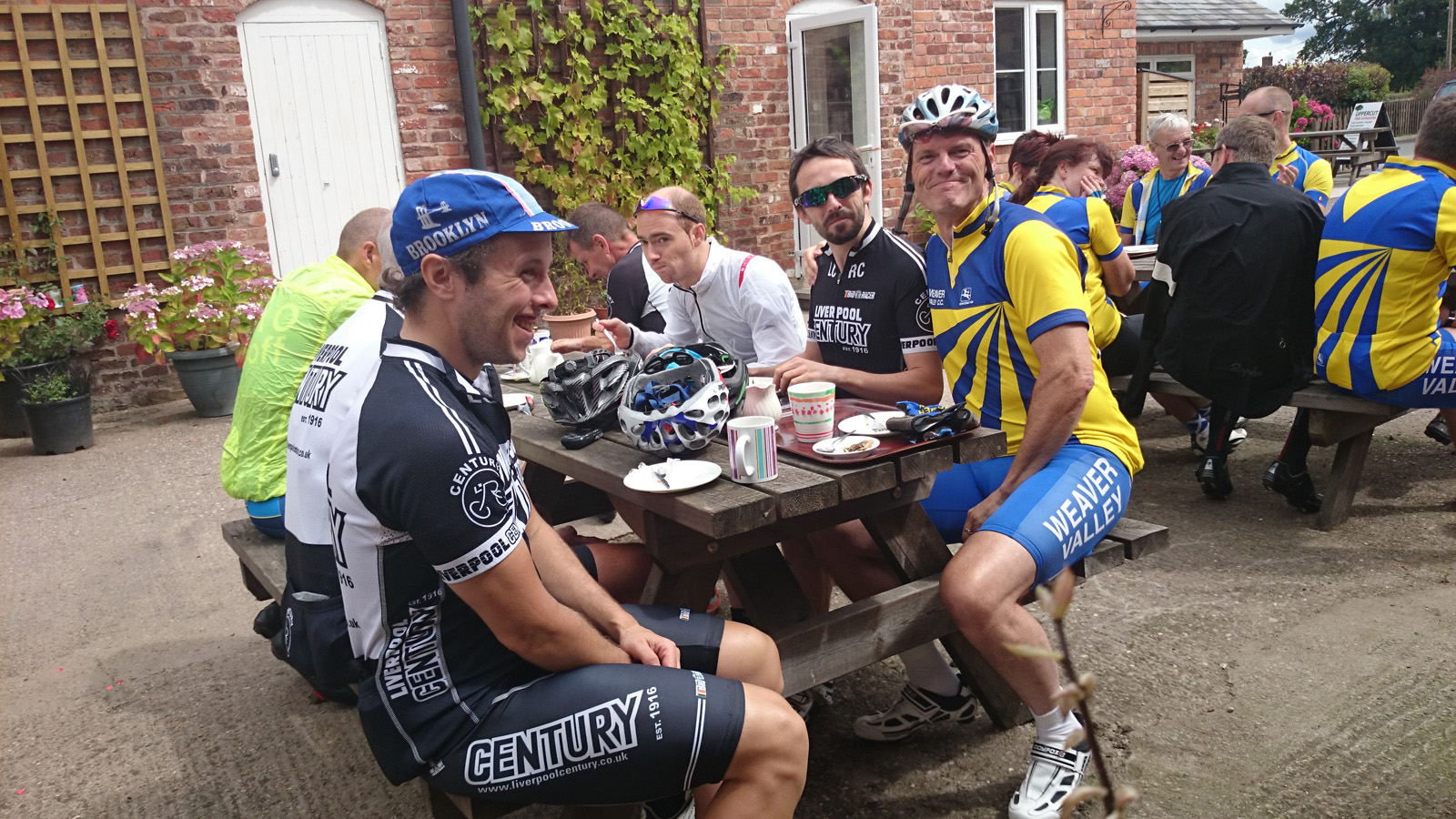 Alan's defection, and Carol cleans up for the camera – short club run – 27/07/2014*