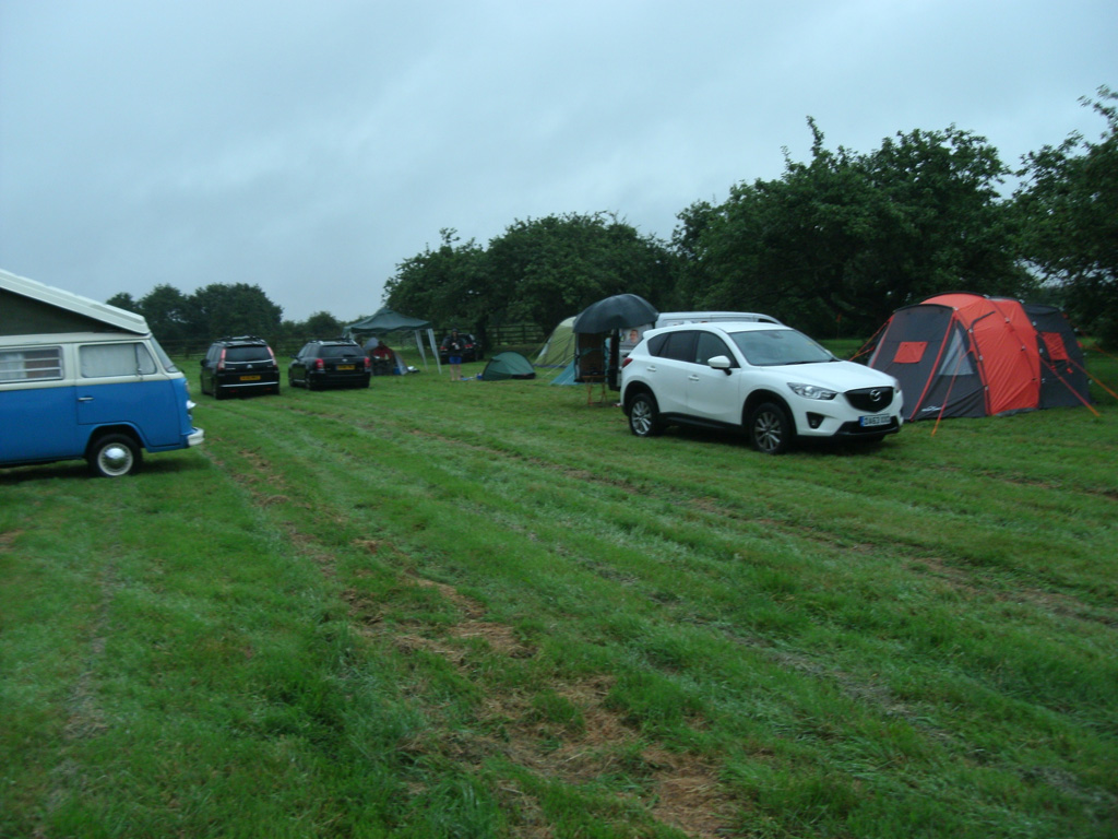 Graham and Ann, having been delayed by the M62 closing, arrived later, and the evening's camp site was complete...
