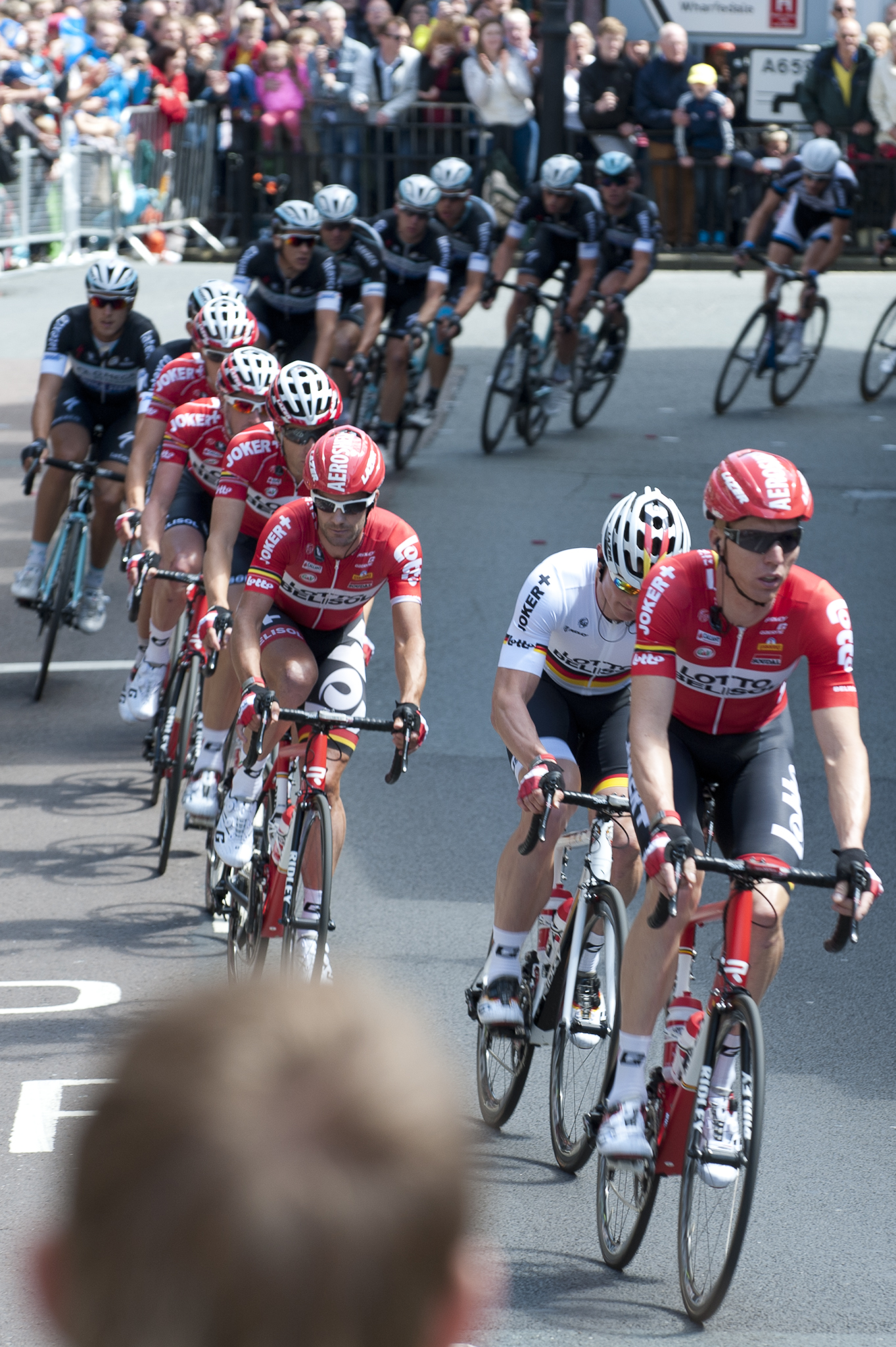 It was a number of minutes before the peloton arrived, with Marcel Sieberg leading 'Gorilla' Greipel, Lotto Belisol and Omega Pharma Quick Step through the town..