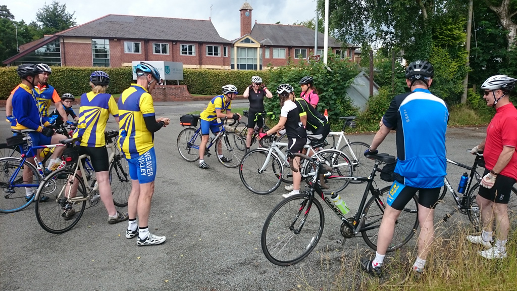 The race to Tatton – the return of the beginners ride…