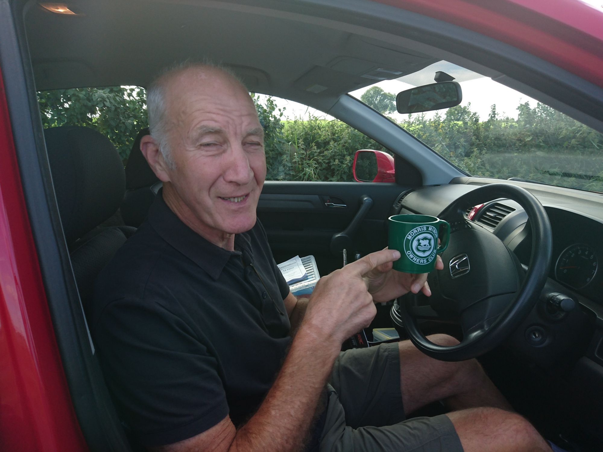 Syd takes time out from supporting Jim to show us his Morris Minor Mug.